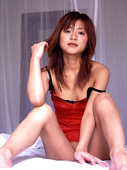 Meiko hot looking Asian model enjoys getting her photo taken