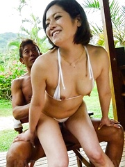 Minami Asano gets dongs in mouth and in beaver in the nature
