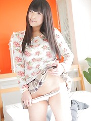 Small-titted asian girl Shiori Kurata