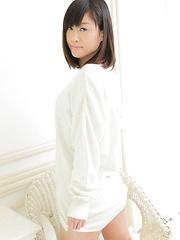 Sakura Ito japanese brown hair girl