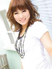 Sexy japanese model Nao Kamisato