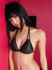 Sakura Sato Asian is so hard to resist in hot lingerie and heels