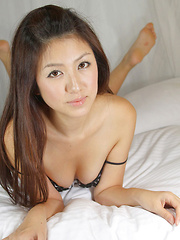 Misuzu Asami Asian shows nasty curves while taking clothes off