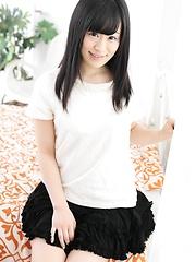 Sweet japanese beauty Yui Kyono