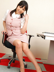 Maria Akamine Asian shows sexy legs while doing office duties