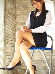 Noriko Kijima Asian with specs and office suit is elegant and hot