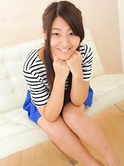Akari Tamura is sexy japanese teen