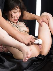 Roped Sakaida Minami face fuck