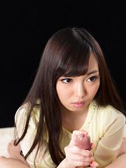 Smiley japanese babe Yada Chiemi