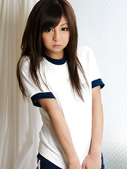 Sweet japanese beauty Hikaru Aoyama