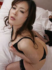 Hot Japanese lady Sayaka Takase shows off