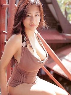 japanese porn model Erina Yamaguchi