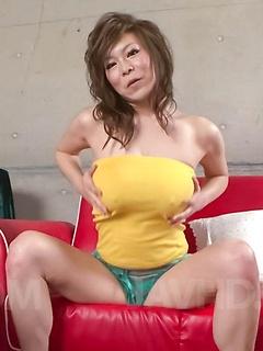 japanese porn model Ren Mizumori